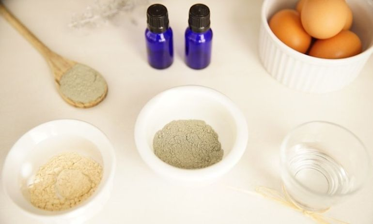 A DIY French Green Clay Mask That Will Refresh Your Skin Hero Image