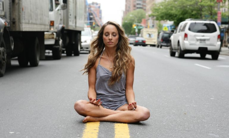 What My Mindfulness Practice Looks Like: Gabrielle Bernstein Hero Image