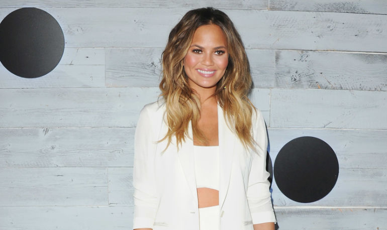 7 Things Chrissy Teigen Does That Make Her The Picture Of Perfect Health Hero Image