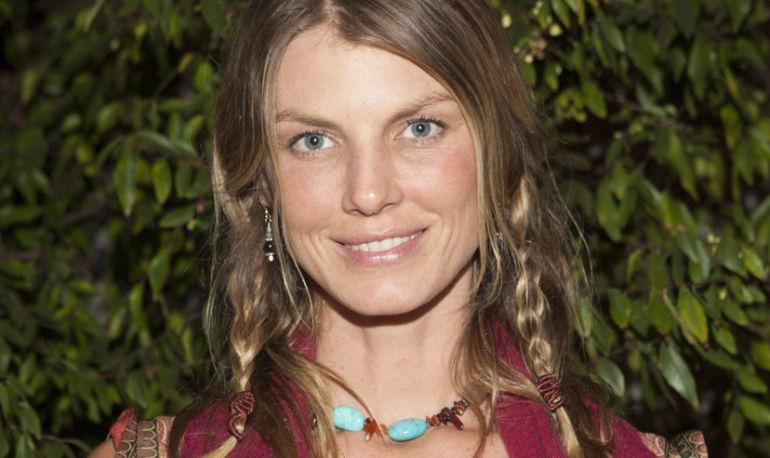 Supermodel Angela Lindvall's Wellness Secrets Hero Image