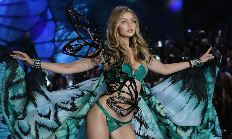 Why I Torture Myself Every Year By Watching The Victoria's Secret Fashion Show Hero Image