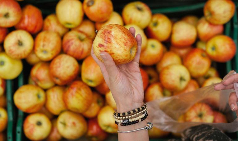 4 More Major Food Companies Pledge To Label GMOs Hero Image