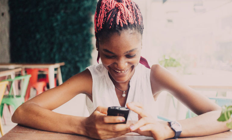 These Are The Most Successful Dating App Pickup Lines, Study Says Hero Image