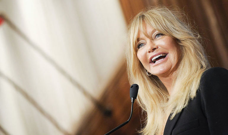 Why Goldie Hawn Has The Best Fitstagram Of All Time Hero Image