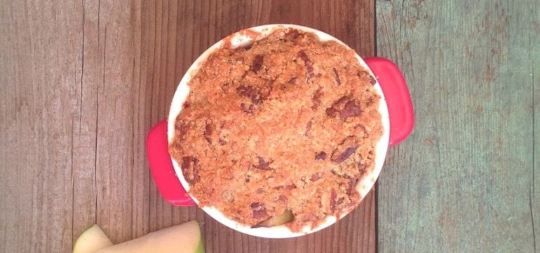 Grain-Free Apple Crumble With Grass-Fed Butter Hero Image