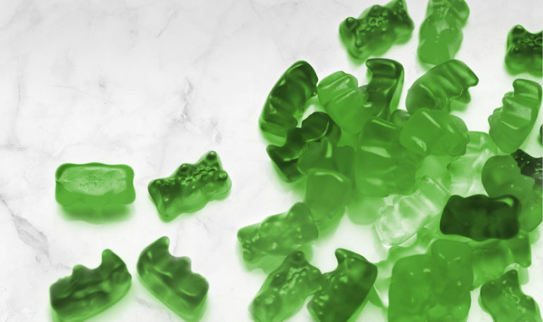 How To Make Your Own Gut-Healing Green Juice Gummy Bears Hero Image