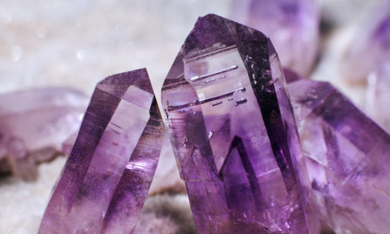 How To Use Crystals To Manifest Health & Happiness Hero Image