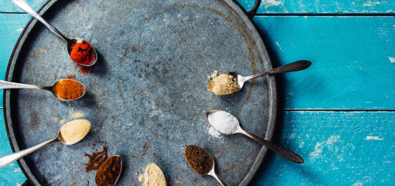 20 Herbs & Spices For Flavorful Weight Loss Hero Image
