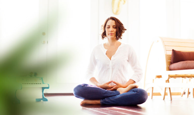 What This Mom Of 5 Does To De-Stress When Meditation Is Not Enough Hero Image