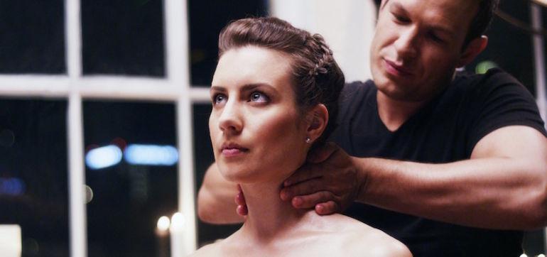 Why You Should Start Massaging Your Partner Tonight Hero Image
