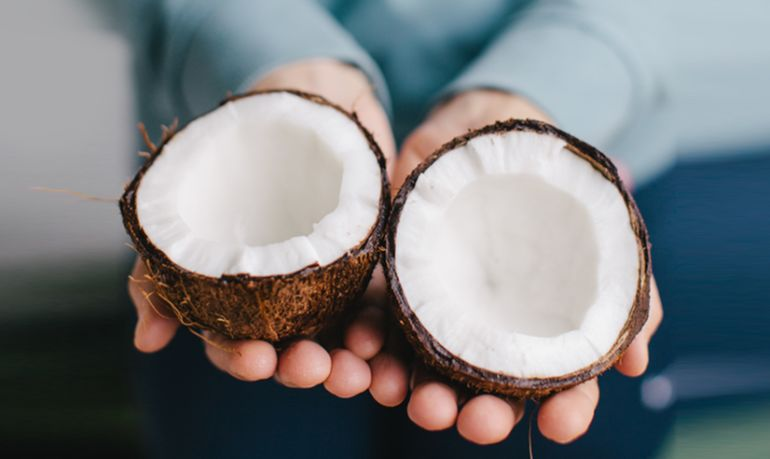 How Much Coconut Oil Should You Actually Be Eating? Hero Image