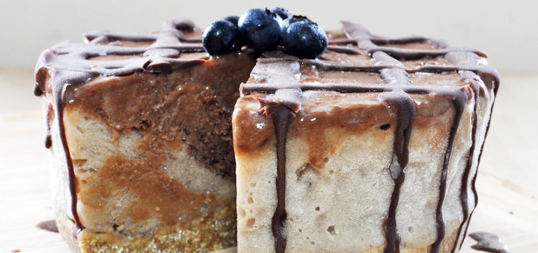 Raw Vegan Ice Cream Cake ... For Breakfast! Hero Image