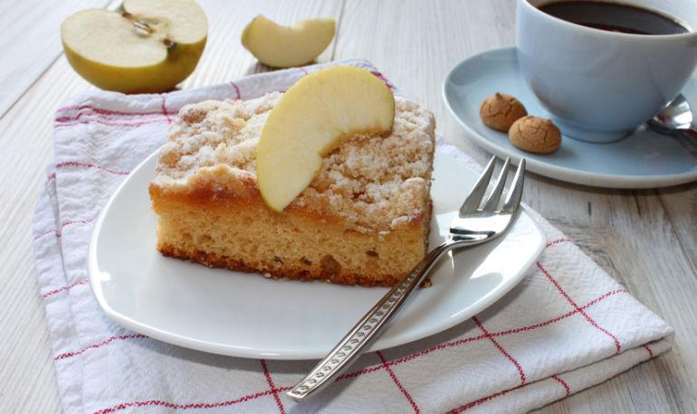 A Coffee Cake Recipe So Good You Won't Notice It's Vegan & Gluten-Free Hero Image