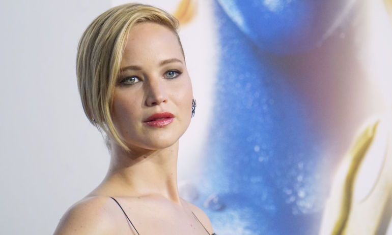 Jennifer Lawrence Pens Impassioned Essay Asking Why Male Co-Stars Get Paid More Than She Does Hero Image