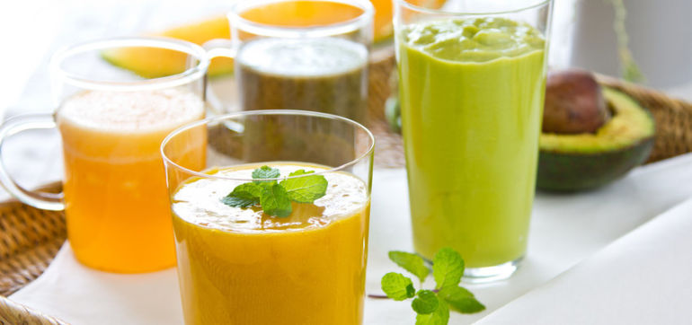 10 Cancer-Fighting Juice & Smoothie Recipes Hero Image