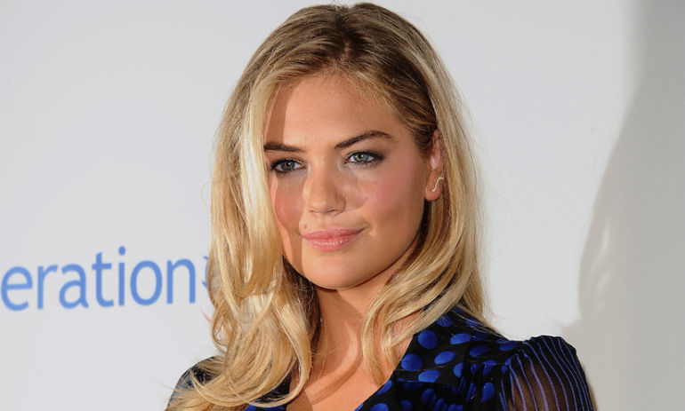 Steal This Apple Pie Smoothie Recipe From Kate Upton's Trainer Hero Image