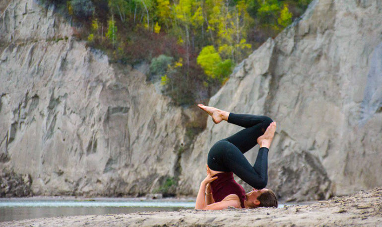 I Had Cancer. Here's Why Yoga Was Crucial To My Recovery Process Hero Image