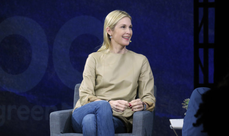 Kelly Rutherford's Advice To Her 20-Something Self Hero Image