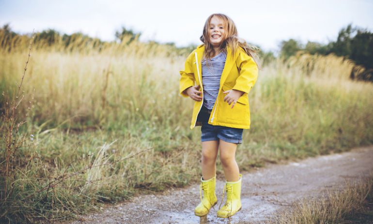 How Dirt Keeps Your Kids Happy & Healthy: A Pediatrician Explains Hero Image