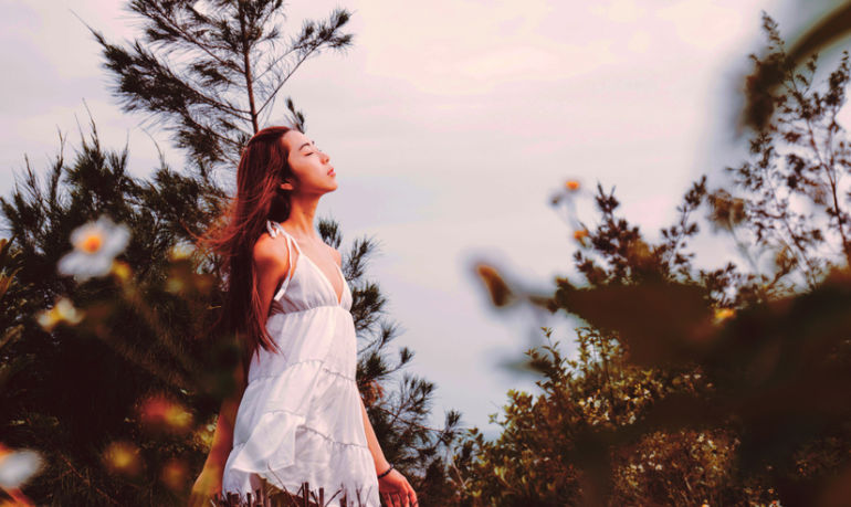 7 Habits Of The Most Mindful People We Know Hero Image