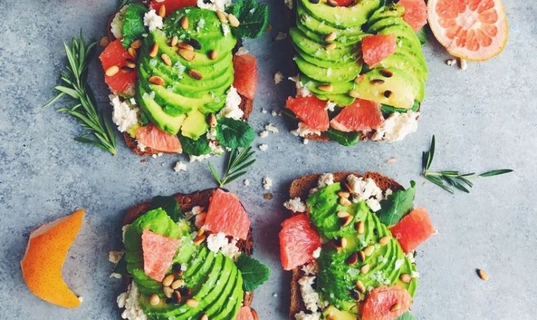 I'm Finally Balanced After Having An Eating Disorder. Here's What I Eat In A Day Hero Image