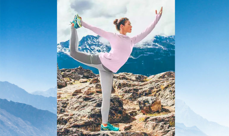 This Chic Fitness Trend Will Get You Excited About Running All Winter Hero Image