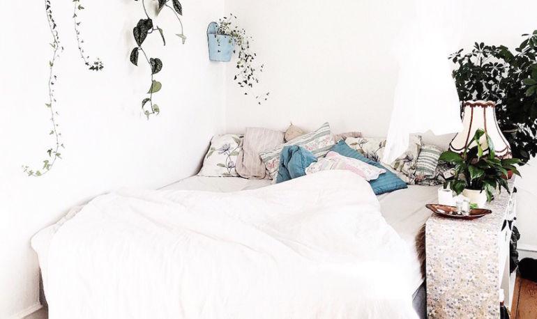 The Magic Bedtime Window For A Restful Night's Sleep Hero Image