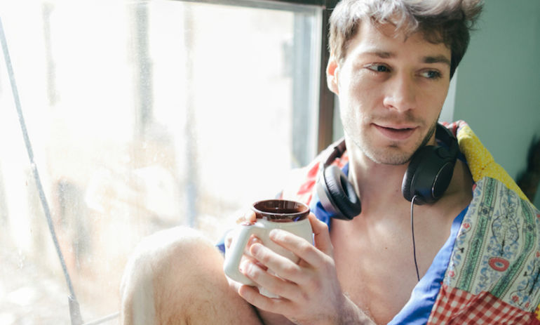 These Are The 20 Best Songs To Wake Up To, According To Science Hero Image