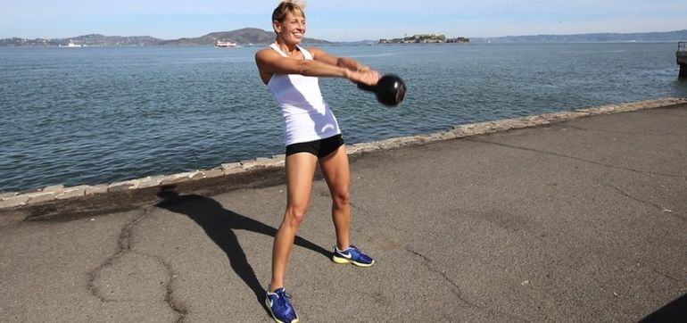 5 Reasons You Should Do Kettlebell Swings Hero Image
