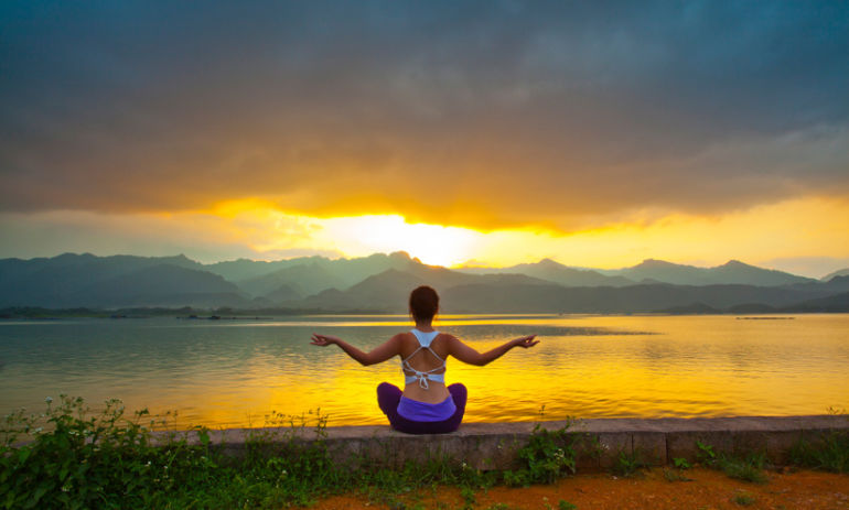 5 Meditation Tips For People Who Can't Sit Still Hero Image