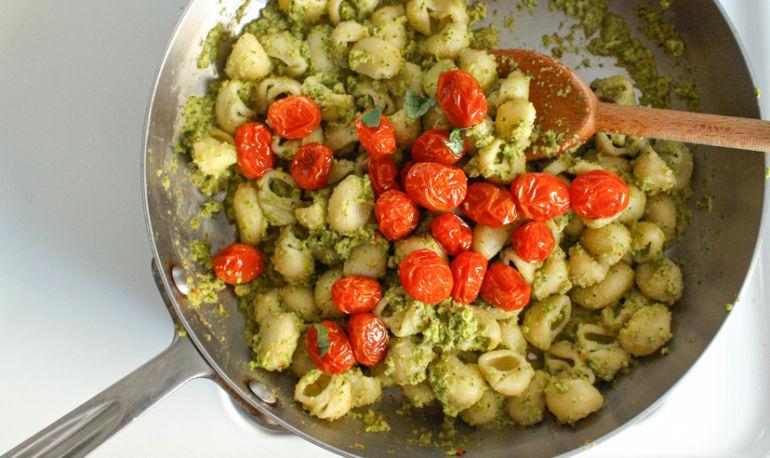 Eat Like A Mediterranean: The Key Ingredient We've Been Ignoring Hero Image