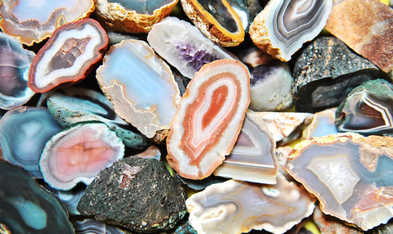Why Geodes Are The Next Wave Of High-Vibe Living Hero Image