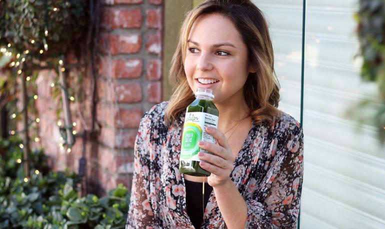 A Gluten-Free Blogger Spills Her Snacking Secrets Hero Image