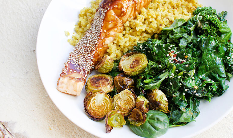 A Nutritionist-Designed Dinner To Calm Inflammation & Heal Your Gut Hero Image
