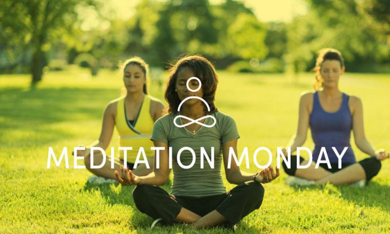 10 Amazing Benefits Of Meditating Every Morning Hero Image