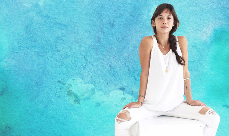 Meditation Secrets We Learned From 5 Minutes With Desiree Pais Hero Image