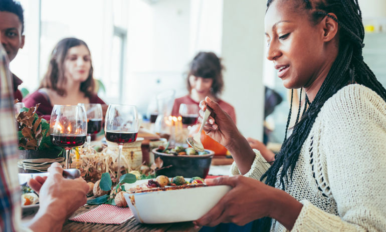 4 Simple Ways To Ditch Food Guilt & Stay Balanced During The Holidays Hero Image
