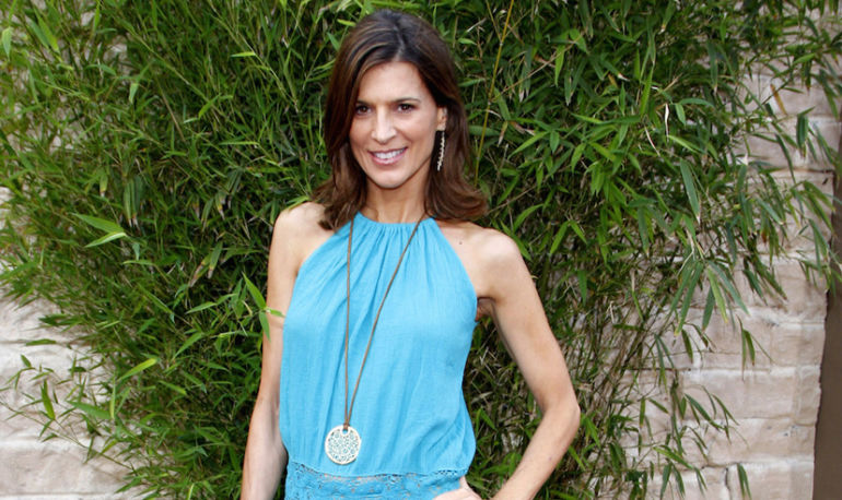 Perrey Reeves On Her Favorite Body Scrub, Happiness, And #Wellth Hero Image
