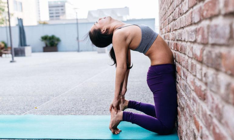 10 Yoga Poses, 15 Minutes Hero Image