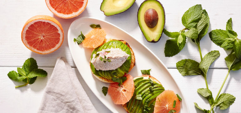 2-Day Clean Eating Plan To Reboot Between The Holidays Hero Image