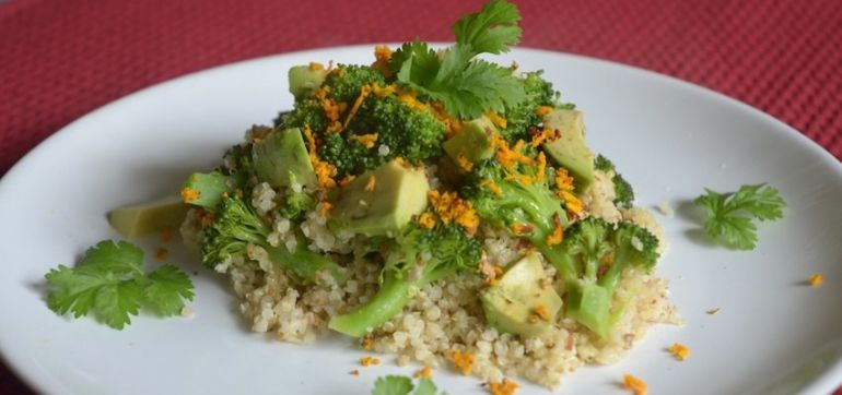 Perfect Weekday Lunch: Quinoa & Broccoli Salad With Almonds Hero Image