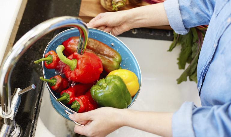5 Foods That May Help Manage Endometriosis Hero Image