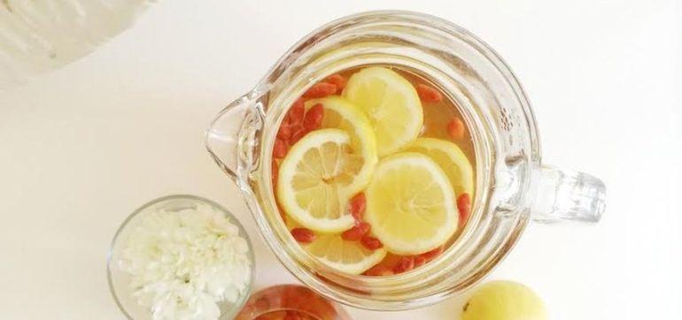 DIY: Insanely Refreshing Honey Rooibos Goji Tea Hero Image