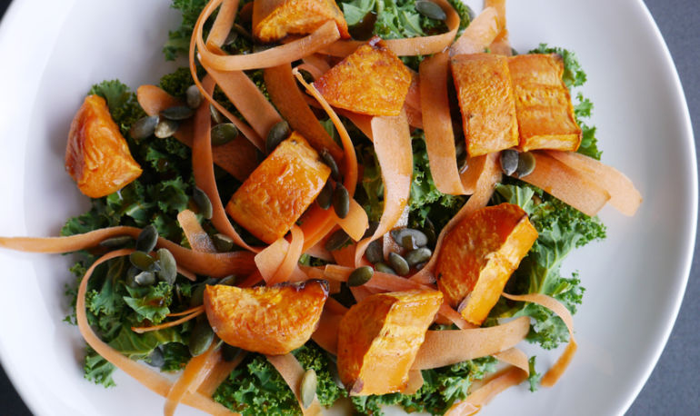 Eat For Beautiful Skin With This Antioxidant-Rich Kale Salad Hero Image