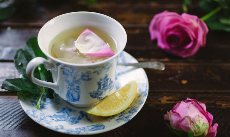 8 Ways You Can Use Rosewater In Your Health & Skin Routine Hero Image