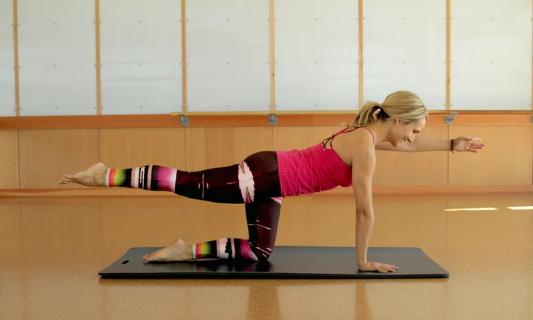4 Barre Moves For A Strong Core Hero Image