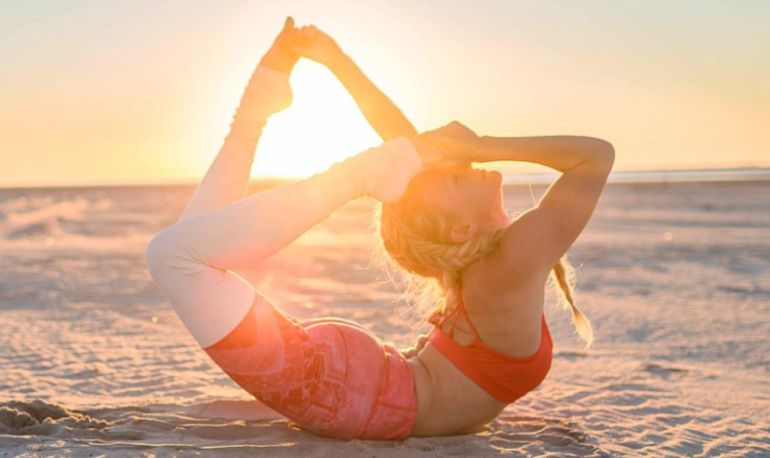 How To Create A Yoga Practice That's All About Gratitude Hero Image