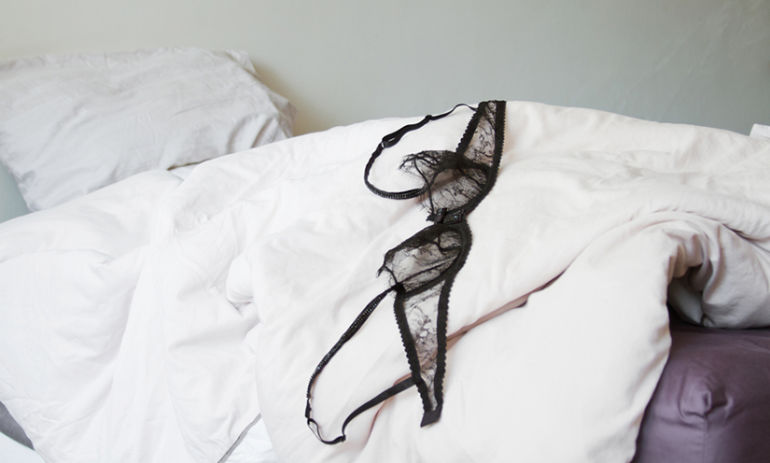 6 Signs You're Dealing With A Sex Addict Hero Image