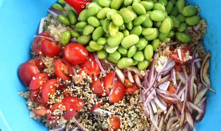 A Quick Quinoa Salad With Major Flavor You Can Eat All Week Hero Image