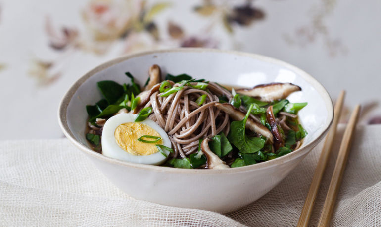 The Easy Soba Noodle Bowl You're Definitely Making Tonight Hero Image